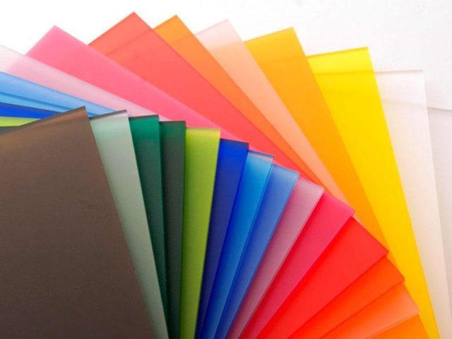 Металл, поликарбонат или стекло - какой козырек лучше