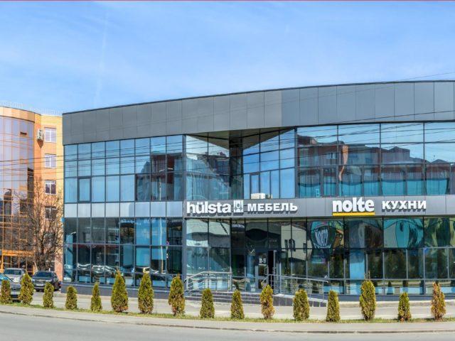 Световые вывески для салонов кухни «Nolte» и мебель «Hulsta»