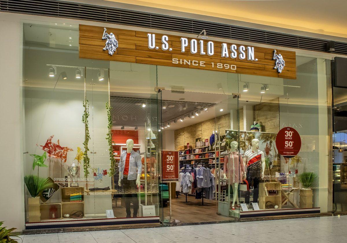Интерьерная вывеска магазина U.S.Polo, фото работы компании «Атлас-групп»
